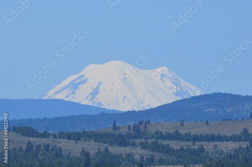Printed kitchen splashbacks Light blue Mt Rainier on a clear sky