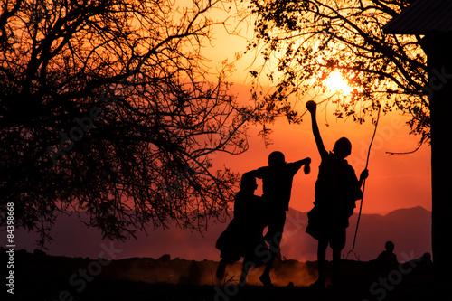Staande foto Afrika Maasai Kids Silhouette