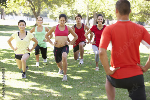 Fotografie, Obraz  Instructor Running Fitness Boot Camp