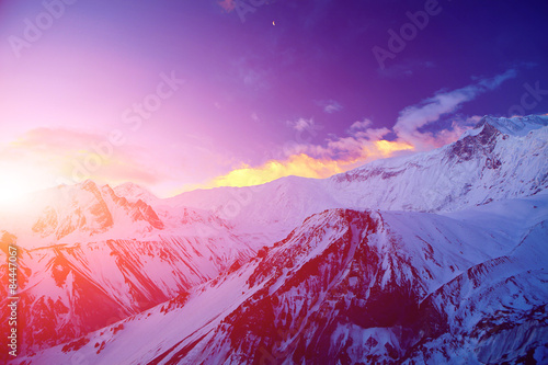 Foto auf AluDibond Violett sunrise in the mountains