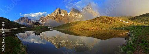 Photo sur Toile Reflexion Dolomiti baita G. Segantini