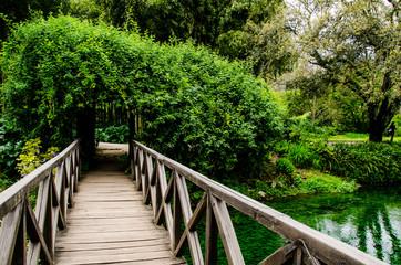 Fototapeta Mosty Ponte sul fiume