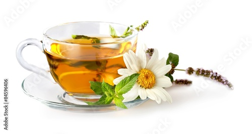 herbata-rumianek-filizanka-herbaty