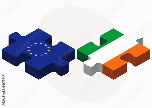 Photo  European Union and Ireland Flags in puzzle