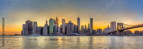 panorama-widok-na-panorame-centrum-nowego-jorku-i-brooklyn-bri