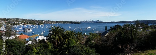 La pose en embrasure Ville sur l eau Sydney city from Watson Bay, Australia