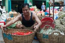 Asian Man Street Market Sell B...