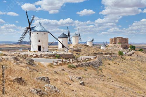 Fotobehang Molens Famous windmills of Consuegra, Toledo province, Spain
