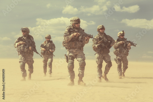 infantrymen in action Wallpaper Mural