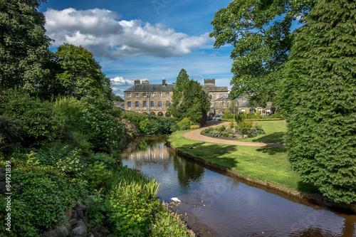 Платно Buxton Gardens