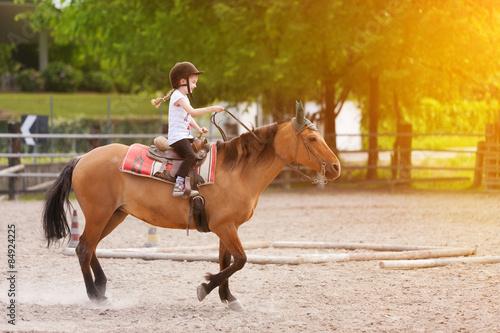 Photo  Bambina su cavallo