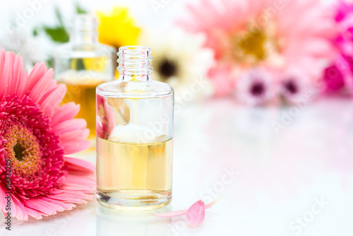Fotografie, Obraz  Spa concept with essential oil and Flowers