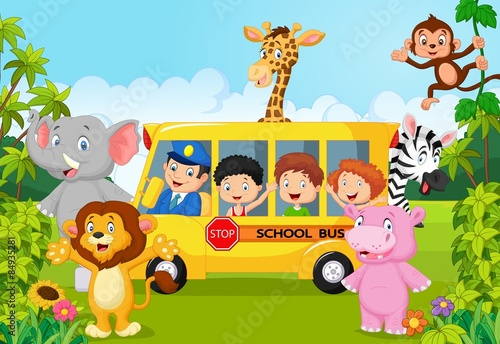 kreskowka-dzieci-w-wieku-szkolnym-na-safari