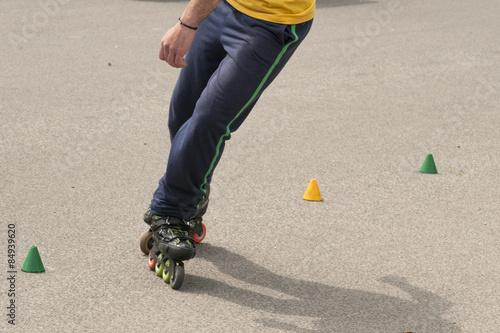 Fotografía  slalom with Inline skates