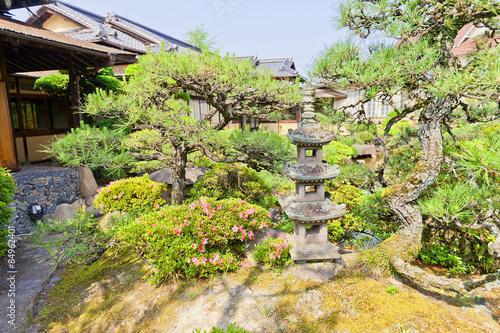 Fotobehang Tuin Garden of Fukujukaikan hall (circa 1930) in Fukuyama, Japan