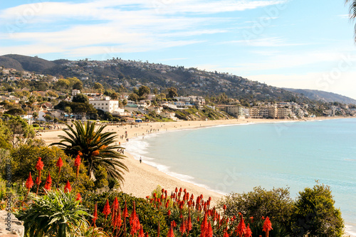 Cuadros en Lienzo  Laguna Beach is a seaside resort city located in southern Orange County, California, United States