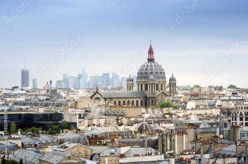 Papiers peints Paris Saint-Augustin Church with Paris Skyline