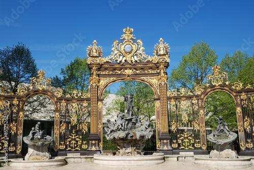 Fotografía  Fuente de Neptuno en la plaza Stanislas de Nancy, Lorena, Francia