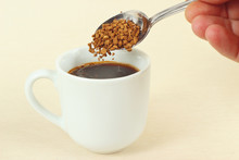 Hand Pours Granulated Coffee F...