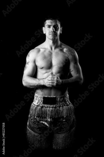 Boxeur in bianco e nero su sfondo nero Wallpaper Mural