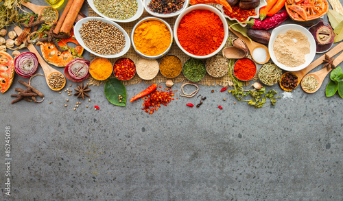 Autocollant pour porte Herbe, epice Spices and herbs.Food and cuisine ingredients.