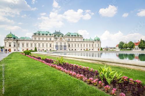 Spoed Fotobehang Wenen The Belvedere Palace, Vienna, Austria