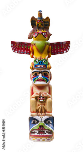 Colorful totem pole. Path included. Wall mural