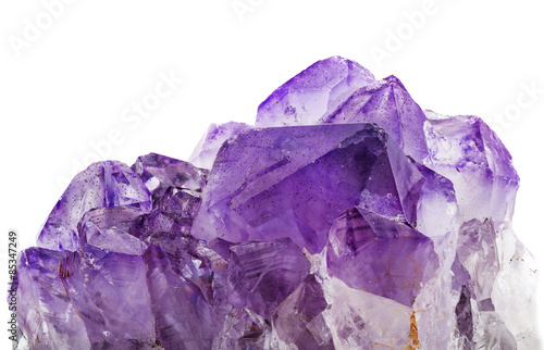 Photo amethyst crystals on white background
