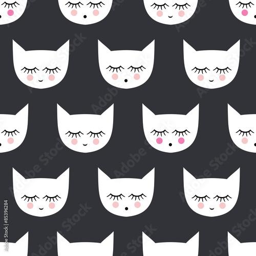 desen-w-glowy-kotkow