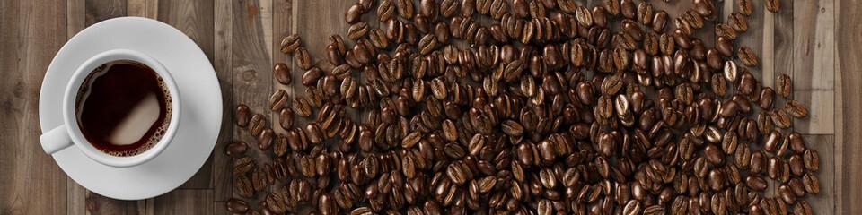 Fototapeta Tasse Kaffee mit Kaffeebohnen von oben