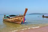 Beach, boat, sea, sky ...