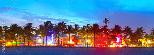 Miami Beach, Florida  hotels and restaurants at sunset on Ocean Drive, world fam Fototapet