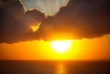 Blask słońca nad oceanem
