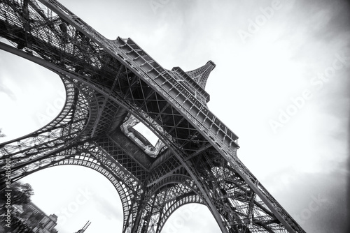 The Eiffel Tower in black and white Poster