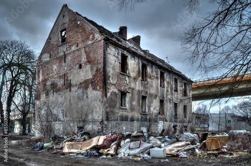 Fotografie, Obraz  Old ruined building