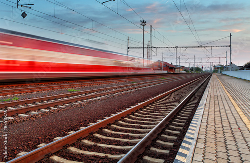 Fotografia, Obraz  Speed Train in station