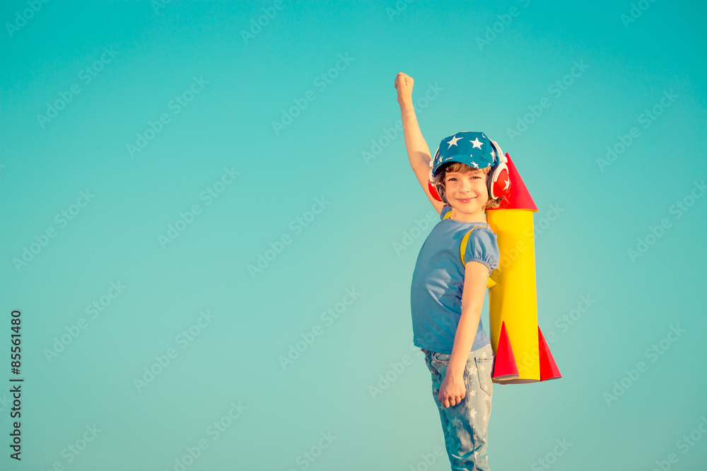 Fototapety, obrazy: Happy child playing outdoors