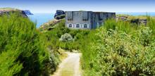 Fort De La Pointe Des Poulains...