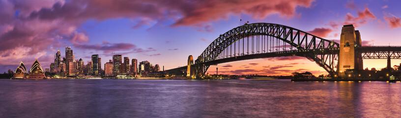 Fototapeta na wymiar Sydney CBD Milsons Left Pier panorama