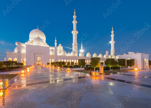 Spoed Foto op Canvas Abu Dhabi Sheikh Zayed Mosque in Abu Dabi