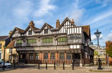 Tudor House In City Centre Of ...