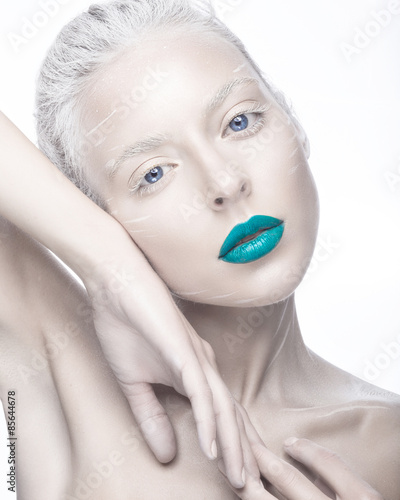 Obraz na plátně Beautiful girl in the image of albino with blue lips and white eyes