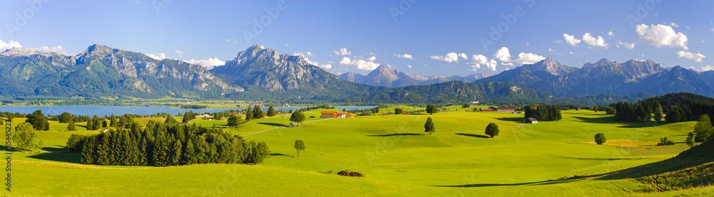 Kuchenruckwand Aus Glas Mit Foto Panorama Landschaft In Bayern Mit