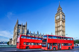 Fototapeta Londyn - Big Ben with buses in London, England
