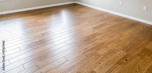Obraz Shiny New Hardwood Floor - fototapety do salonu