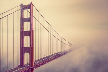 Obraz na Plexi Golden Gate Into the Fog