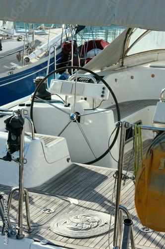 Foto op Plexiglas Water Motor sporten Yacht Cockpit