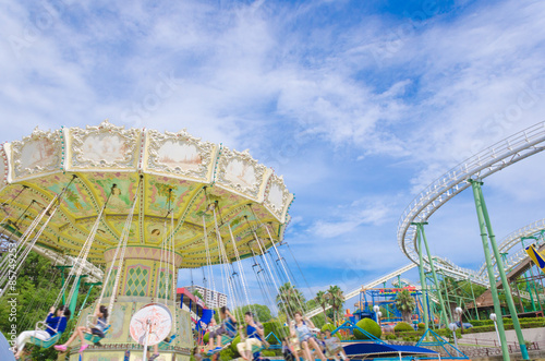 Tuinposter Amusementspark 空中ブランコ