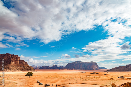 Papiers peints Desert de sable Jordanian desert in Wadi Rum, Jordan.