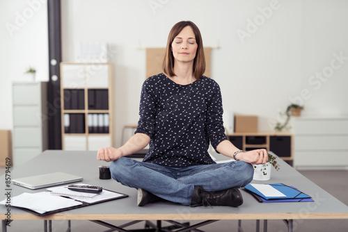Fotografie, Obraz  Büro-yoga